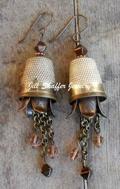 Repurposed vintage thimbles earrings, love these! Jewelry Crafts, Jewelry Art, Antique Jewelry, Beaded Jewelry, Vintage Jewelry, Jewelry Design, Fashion Jewelry, Earrings Handmade, Handmade Jewelry