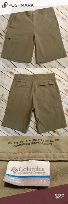 Columbia - Men's Omni-Shield Khakis (32 waist) Columbia - Men's Omni-Shield Khaki Shorts. In nearly brand new preowned condition. Please be sure to check out all of my other men's items to bundle and save. Same day or next business day shipping is guaranteed. Reasonable offers will be considered. Columbia Shorts Flat Front