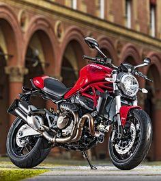 A tiempo para el verano: la nueva Ducati Monster 821