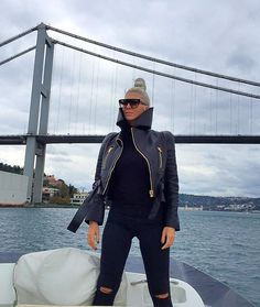 Jelena Karleusa    Hello Istanbul ! Keep calm, the queen  is here