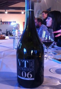 Cata del monovarietal VT 2006 Bodegas Valtravieso