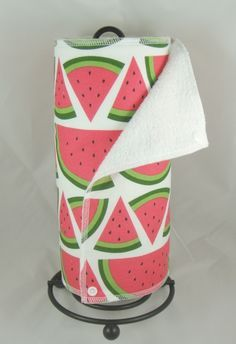 Watermelon Un Paper Towels! This is awesome Watermelon Patch, Watermelon Decor, Sweet Watermelon, Watermelon Birthday, Macedonia, Summer Fun, Summer Time, National Watermelon Day, Best Fruits