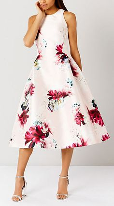 50 Stylish Wedding Guest Dresses That Are Sure To Impress | Wedding ...
