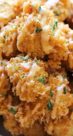 Bang Bang Chicken…crisp chicken bites drizzled with sweet chili mayo. Bang Bang Chicken…crisp chicken bites drizzled with sweet chili mayo. Chicken Crisps, Chicken Parmesan Recipes, Chicken Bites, Healthy Chicken Recipes, Cooking Recipes, Crispy Chicken, Boneless Chicken, Recipe Chicken, Chicken Salad