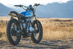Honda-CB360-Scrambler. Nice photo. Not sure about the cream fenders