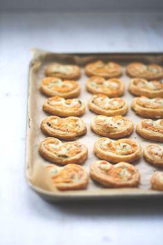 Rezept für herzhafte Palmiers von moeyskitchen zum Bloggeburtstag von Colors of Food