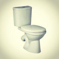 Российские тарельчатые унитазы  Выбирая конфигурацию чаши среди моделей устройств, необходимо учесть все «за» и «против» каждого варианта изделия. Тарельчатые унитазы получили название из-за присутствия горизонтальной полочки в конструкции, которая обеспечивает отсутствие брызг при проведении туалетных процедур.   Многочисленный каталог интернет-магазина ВИВОН предлагает значительный выбор тарельчатых #унитазов: http://www.vivon.ru/sanitary_ware/floor/unitazy-s-polochkoy-tarelchatye/