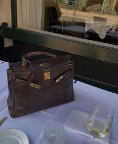 New Sign, Michael Kors Hamilton, Hermes Kelly, Handbags, Designer Bags, My Favorite Things, Luxury, Clutches, Totes