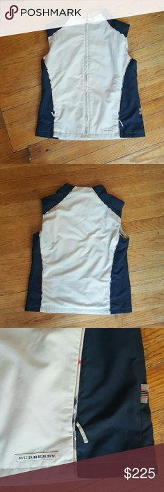 BURBERRY GOLF VEST PULLOVER WOMENS XS BURBERRY TAND AND BLACK NOVACHECK WOMENS  OUTERWEAR VEST PULLOVER ZIP UP LIGHTWEIGHT BEAUTIFUL EUC Burberry Jackets & Coats Vests