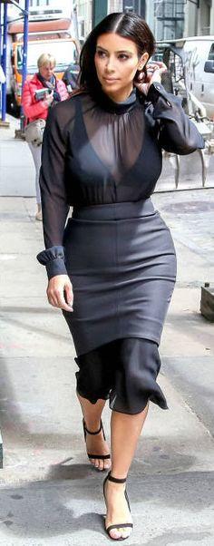 Kim walks in SoHo in New York City on May 6, 2014.  #kimkardashian #kimkardashianoutfits