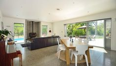 Live the lifestyle just minutes from town - 597 Riverside Road, Gisborne