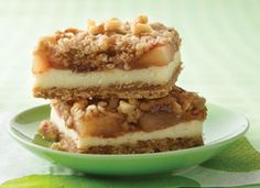mmmmmmm Apple streusel cheesecake bars
