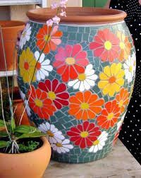 mosaic flooring Best 12 55 best Mosaic f - flooring Mosaic Planters, Mosaic Garden Art, Mosaic Vase, Mosaic Tile Art, Mosaic Flower Pots, Mosaic Artwork, Pebble Mosaic, Mosaic Art Projects, Mosaic Crafts