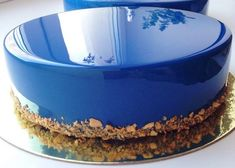 Pictures] Mirror Finish Cakes are a Feast for the Eyes Fancy Cookies, Cupcake Cookies, Cupcakes, Food Cakes, Mousse, Sweet Recipes, Cake Recipes, Mirror Glaze Cake, Mirror Cakes