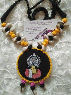 Handmade Jewelry Designs, Handcrafted Jewelry, Diy Fabric Jewellery, Terracotta Jewellery Designs, Textiles, Jewelry Design Earrings, Homemade Jewelry, Jewelry Patterns, Making Ideas