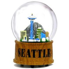 Skyline Musical Seattle Snow Globe, Wooden Base