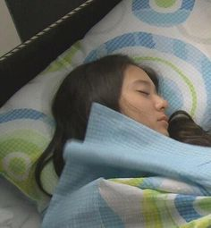 Krystal is sleeping :D so cute Jessica & Krystal, Krystal Jung, Jessica Jung, Baby Girl Party Dresses, Role Player, Uzzlang Girl, Ice Princess, I Love Girls, Baby Sleep