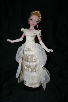 "Victorian Stroll Ivory Silk Outfit for 16"" Ellowyne Wilde Dolls Tonner 