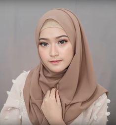 4 Style Tutorial Hijab Pashmina Simple | Lara Hijab Hijab Tutorial, Microsoft Excel, Doraemon, Tutorials, Simple, How To Wear, Fashion, Moda, Fashion Styles