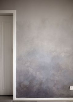 Best fabulous ombre wall paint designs and ideas 2 – Artofit Textures Murales, Diy Wall, Wall Decor, Bedroom Decor, Warm Bedroom, Bedroom Wall Colors, Master Bedroom, Creative Wall Painting, Wall Treatments