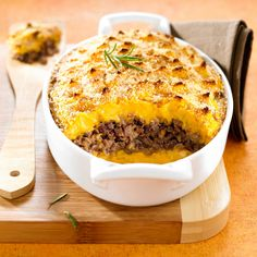 Uncover the recipe Parmentier of duck with pumpkin on cuisineactuelle. Clean Eating Recipes, Healthy Recipes, Healthy Food, One Pot Dishes, Party Finger Foods, Sugar Free Desserts, Winter Food, Coco, Food Inspiration