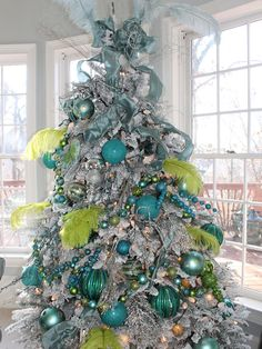 Spaces Christmas Tree Design, Pictures, Remodel, Decor and Ideas - page 40