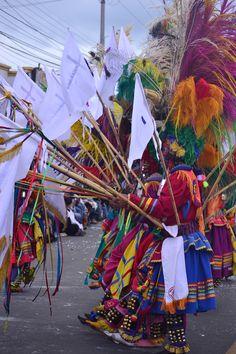 Taiticos Danzantes. 3 de enero de 2015. Carnaval Multicolor de la Frontera. Ipiales, Nariño, Colombia. Tomada por Gustavo Montenegro Cardona.