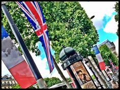 Union Flags and Tricolores in Paris for the visit of Her Majesty Queen Elizabeth II. June 2014.