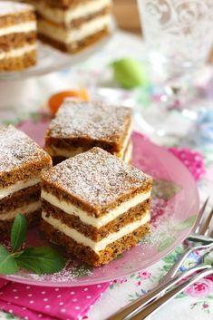 Dessert Drinks, Dessert Recipes, Vegan Christmas Desserts, Real Food Recipes, Cooking Recipes, Paleo, Tiramisu, French Toast, Food Photography