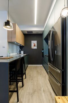 Modern kitchen Designed by: Meital Irany & Sivan Goldfeld Photo by: Orit Arnon Modern Kitchen Design, House Styles, Table, Furniture, Home Decor, Decoration Home, Room Decor, Tables, Home Furnishings