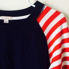 GAP STRIPPED SWEATER Cute stripped sweater. Size small, true to size ❤️ GAP Sweaters Crew & Scoop Necks