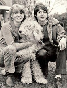 Resultado de imagen de beatles and dog