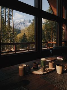 eartheld: mostly nature - Let's get cozy - hygge home inspiration Rustic Home Design, Window View, Cabins In The Woods, Rocky Mountains, Snowy Mountains, Appalachian Mountains, Colorado Mountains, Architecture, Shinee