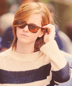 My sky full of stars Emma Watson Fan, Ema Watson, Emma Watson Style, Hermione Granger, Celebrity Sunglasses, Harry Potter, British Actresses, Charlotte, Cute Faces