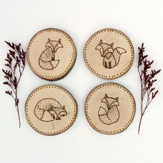 How cute are these folk foxes? They're woodburned on maple slices. Fox art. https://www.etsy.com/listing/505865463/folk-foxes-wood-coasters-fox-wood-burned