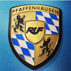 Porsche Cars, Porsche Logo, Porsche Modelos, Porsche Replica, Bmw Wallpapers, My Christmas List, Collector Cars, Ferrari, Trucks