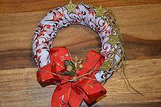 Dekorácie - Venček - 10027178_ 4th Of July Wreath, Wreaths, Home Decor, Decoration Home, Door Wreaths, Room Decor, Deco Mesh Wreaths, Home Interior Design, Floral Arrangements
