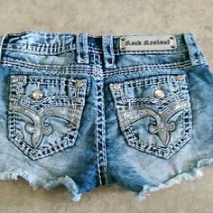 Rock Revival Cheeky Shorts Excellent condition!  Octavia fit.  Off season price Single item offers thru offer tab only/bundles receive 15% using bundle features. ❌No trades ❌No other sites ❌No pay pal (6075) Rock Revival Shorts Jean Shorts