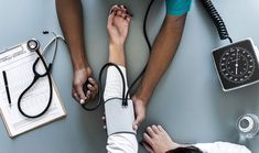 Ćwiczenia na kręgosłup, które sprawią, że unikniesz operacji Natural Blood Pressure, Healthy Blood Pressure, Lower Blood Pressure, Dieta Dash, Check Up, Public Health, Mental Health, Get In Shape, Health Care