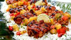 Honey, lime + sriracha grilled chicken with grilled pineapple salsa - Cityline Cashew Chicken, Lime Chicken, Grilled Chicken, Butter Chicken, Soup Recipes, Chicken Recipes, Chicken Meals, Yummy Recipes, Keto Recipes