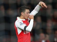 Charlie Nicholas: 'Arsenal star Mesut Ozil is from another planet'