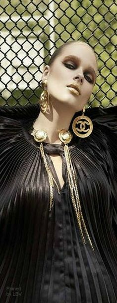 Chanel Gold | LBV ♥✤ | BeStayElegant Black White Red, Pretty Black, Black Gold, Chanel Jewelry, Chanel Clothing, Fashion Accessories, Fashion Jewelry, Chanel Couture, Fashion Images