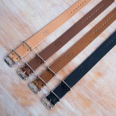Wood&Faulk — Leather Passthrough Watch Strap