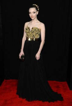 Amanda Seyfried in Alexander McQueen at the 'Les Miserables' premiere