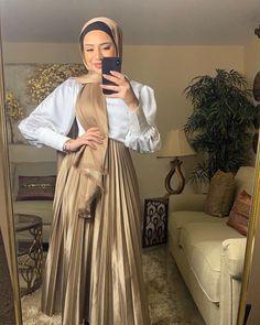Hijab Fashion Summer, Modest Fashion Hijab, Modern Hijab Fashion, Muslim Women Fashion, Street Hijab Fashion, Modesty Fashion, Islamic Fashion, Look Fashion, Skirt Fashion