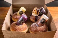Four Bomboloni - Packaged to-go. Four sugar-coated Italian hole-less doughnuts. Baking Packaging, Dessert Packaging, Food Packaging Design, Cupcake Packaging, Delicious Donuts, Yummy Food, Donut Recipes, Dessert Recipes, Baked Donuts