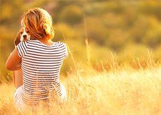 Känslan av sammanhang och tillhörighet är centralt för hur vi mår. Och allt startar inifrån dig själv. Här är tio sätt att bli mer närvarande.