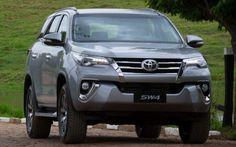 Fotos e Preços da Nova Toyota SW4 2017