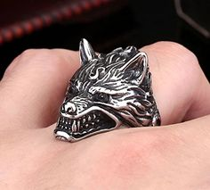 Unique Wolf Personality Ring for Man. Meteorite Wedding Band, Dire Wolf, Black Onyx Ring, Titanium Rings, Wood Rings, Stainless Steel Jewelry, Rings For Men, Unique