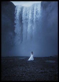 Woman by the Waterfall Plakat i gruppen Plakater / Naturmotiv hos Desenio AB Fine Art Photography, Landscape Photography, Photography 2017, Fantasy Photography, Sunset Photography, Travel Photography, Fantasy Magic, Medieval Fantasy, Iceland Photos